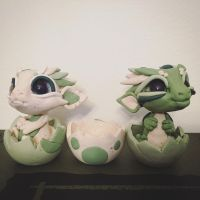 Baby Dragons by BittyBiteyOnes