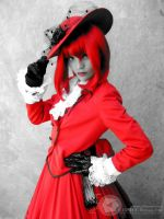 Madame Red. by cerezosdecamus