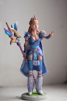 Dota 2 - My favorite Crystal Maiden, like her =) by Silvit13