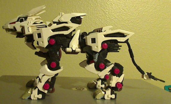 HMM Liger Zero - side 1 by Dragon-Cat-Wolf