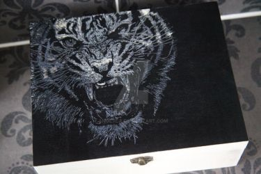 Roaring Tiger etched on a Wooden Box by Ange1ica