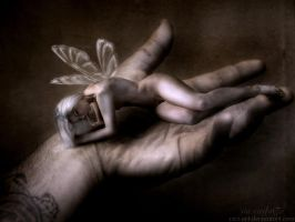 I bring thee into the hands by vivi-art