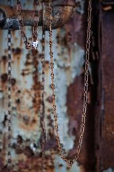Hanging Chains by sullivan1985