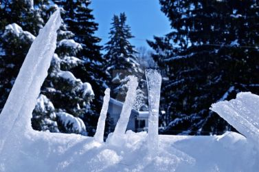 March of the Fallen Icicles by Mommynightskye