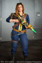 Fallout: The Lone Wanderer by TheAnti-Lily