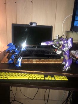 Arcee vs Shockwave  by Transformerbrett97