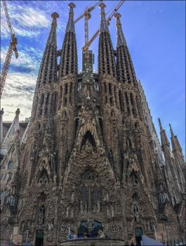 Sagrada Familia, Barcelona by apple-yigit-jack