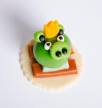 Angry Birds Green Pig by Rryu