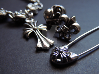 563bfb9653ea tradechromehearts 2 0 Chrome Hearts by innocent-passion