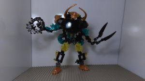Bionicle Transformer Storm Trucker (Combined Mode) by sideshowOfMadness
