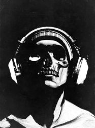 Skull and Headphones 2 by hiddenmoves