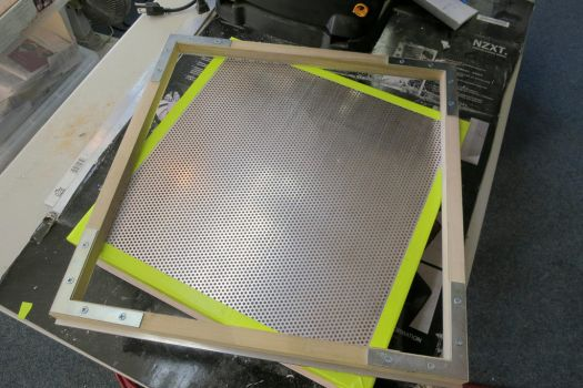 Wheatley Build part 1: Vacuum Forming Machine by techgeekgirl