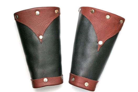 Leather Bracers by AndreiDrc