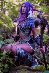 Wow Night Elf Cosplay by LauraCraftCosplay