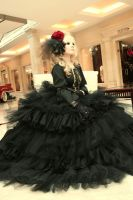 Versailles: Black flower by Astarohime