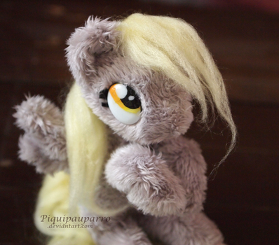 can i has muffin - mini derpy plush by Piquipauparro
