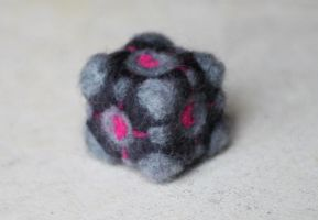 Felted Companion Cube by littlemissysg