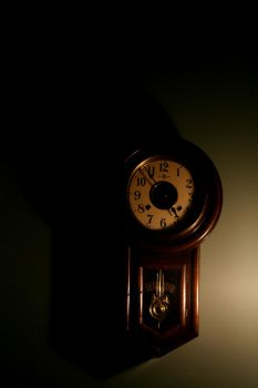 Old Clock by shutter-bug664