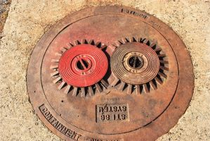 Sewer cap 001 by ksouth