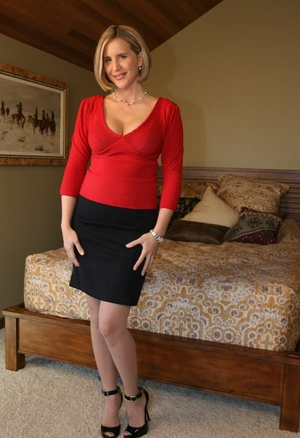 Mature Mommy 31