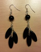 black glass beads earrings by syn-O-nyms