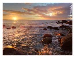 Vic Bay Sunrise by Redelinghuys