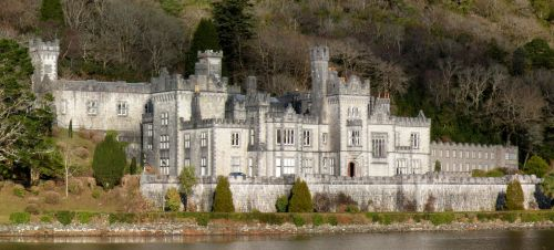 Kylemore Abbey by bluemouse2