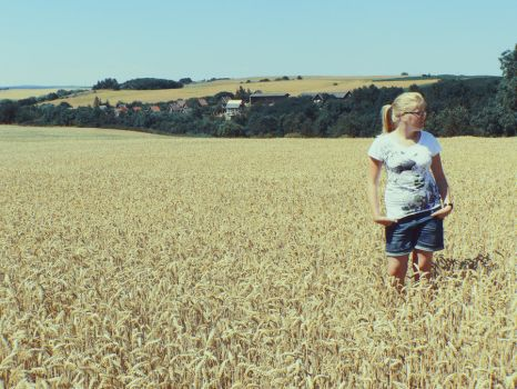 Sun, field and friend by LuciLoveRock