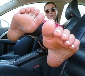 Feet in car by mickey515