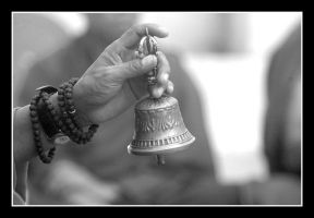bell 1 by chinlop