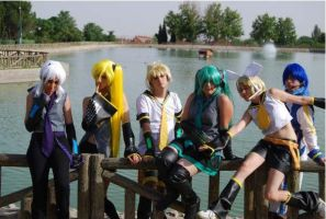 Vocaloid : uploading group by BlazeHikari