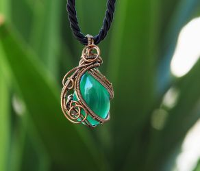 Green Jade wire wrapped pendant by IanirasArtifacts