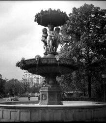 Fontaine two by the-loners-on-wheels