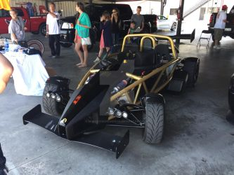 Ariel Atom by iannathedriveress