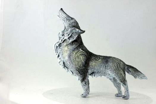 Howling wolf by hontor