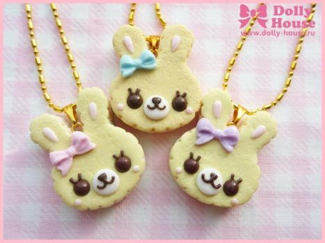 Sweet Cookie Bunny Necklace by Dolly House by SweetDollyHouse