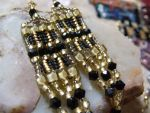 Simple Black and Gold Earrings by kystorms