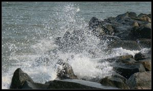 Buckroe Splash3 by girlinterrupted