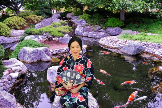 Woman Fan Koi and Pond in Unity by AndySerrano