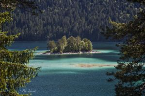 Islands. by Phototubby