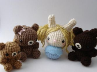 Goldilocks and three Bears by MoonYen