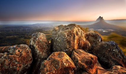 Glasshouse Mountains by eye-of-tom