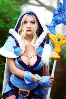 Dota 2 - Crystal Maiden by MilliganVick