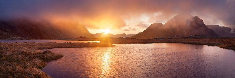 Sunset Llyn y Caseg Fraith by Alex37