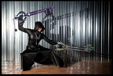 the quintessential Organization XIII coat shot by 8-13
