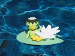 Kippa on a Lily Pad by bumblefly