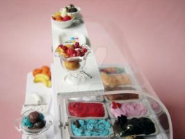 Miniature Ice Cream Display 4 by PetitPlat