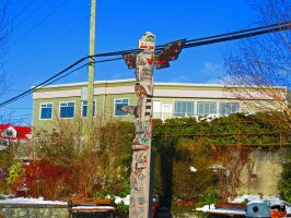 Winter Totem Pole by wolfwings1