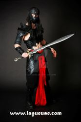vampire leather armor by Lagueuse