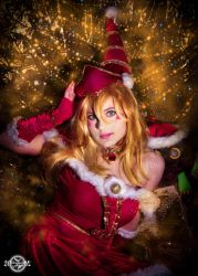 Christmas Dark Magician Girl cosplay by 20Tourniquet02